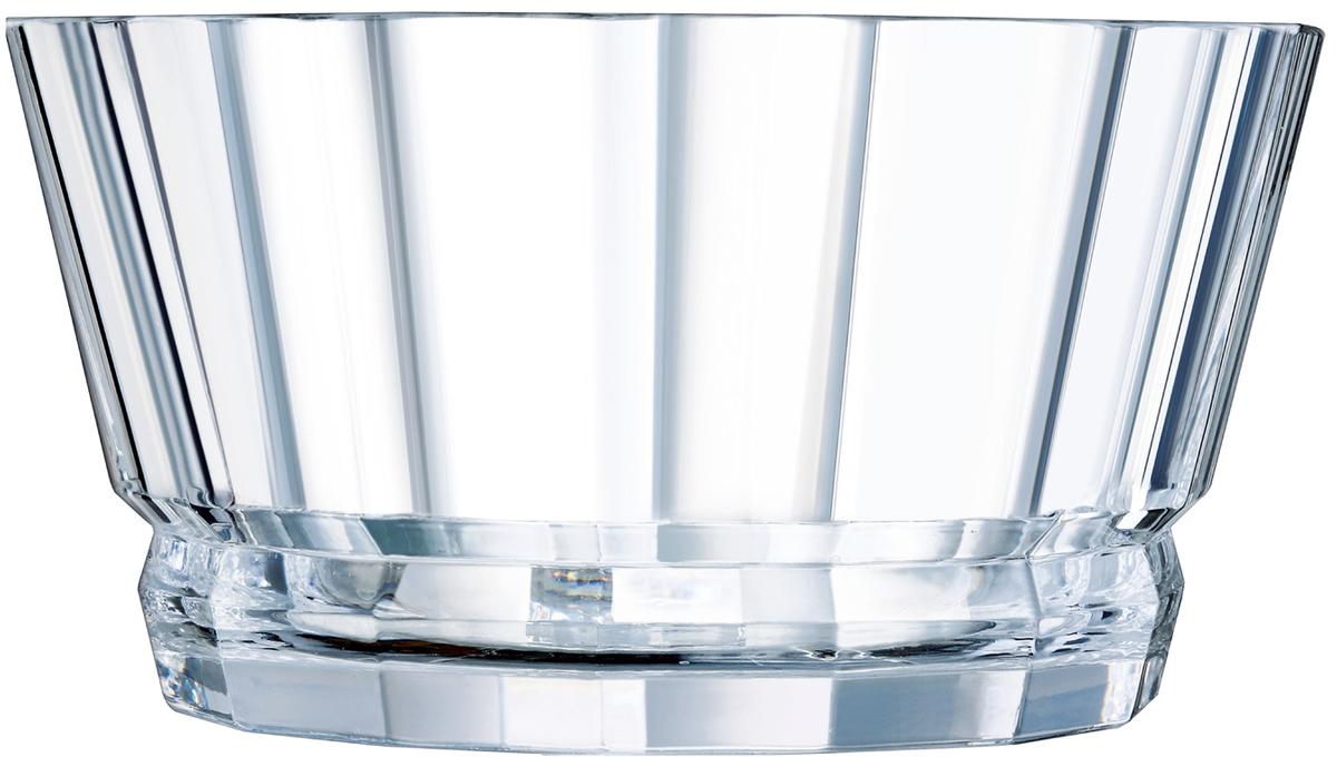 Салатник Cristal dArques Macassar, диаметр 22 смL8168Прямые грани и уникальный блеск коллекции Macassar переносят вас в мир высокой моды ар-деко. Салатник, выполненный из хрустального стекла, выделяется изысканностью текучих складок от основания до верха и единством симметричных линий. Такой салатник украсит сервировку вашего стола и подчеркнет прекрасный вкус хозяина, а также станет отличным подарком.