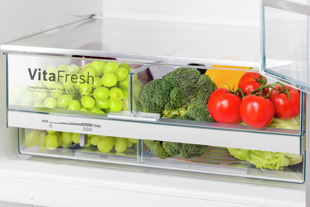 Холодильник Bosch KGE39XW2OR NatureCool Serie 4 Bosch
