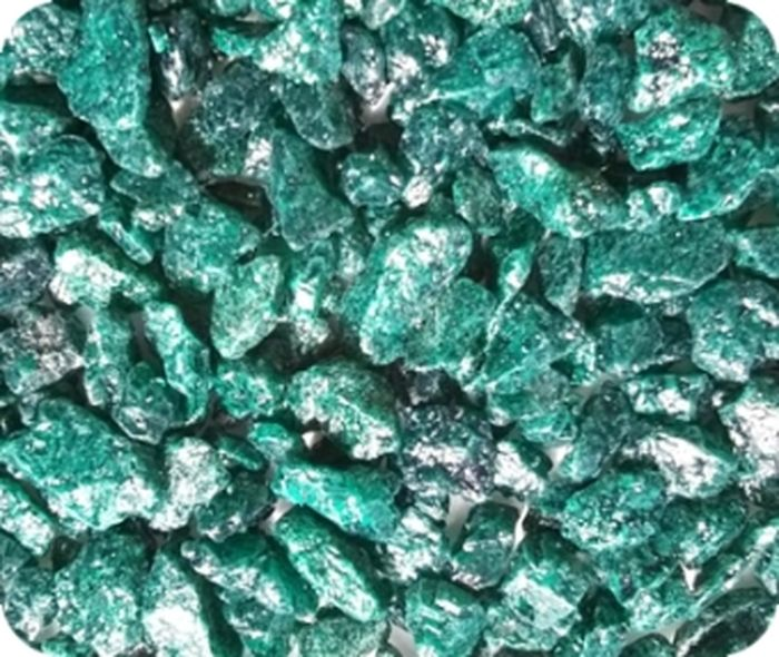 Грунт для аквариума Уют, натуральный, мраморная крошка, цвет: изумрудный, 5-10 мм, 0,5 кг