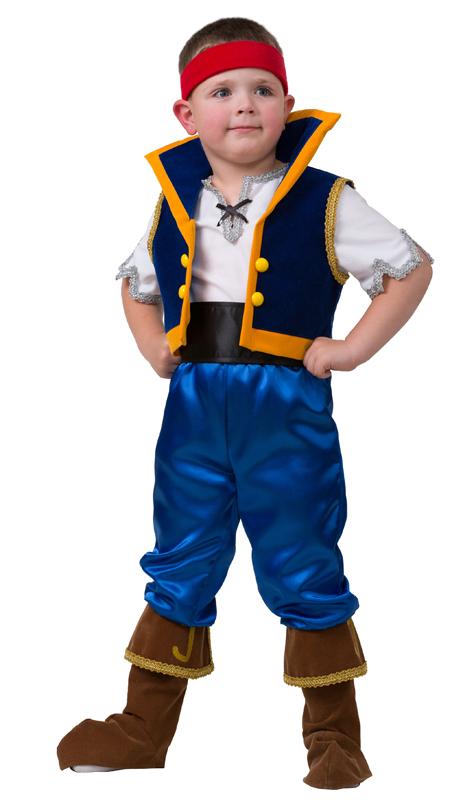 Батик Костюм карнавальный для мальчика Джейк размер 267031-26Детский карнавальный костюм Джейк из захватывающего приключенческого мультфильма Джейк и Пираты Нетландии для тех мальчишек, в которых не стихает буря эмоций и есть огромный интерес к поискам пиратских сокровищ, которых завораживает море и пиратские корабли, и в которых не стихает интерес к мультфильму Джейк и Пираты Нетландии. В комплект этого карнавального костюма входит белая рубаха с серебряного цвета тесьмой по краям рукавов и по краю горловины, жилет темно-синего цвета с ярко-желтыми большими пуговицами, ярко-синие брюки с коричневыми сапогами, широкий черный пояс и красная бандана. Российский производитель карнавальных костюмов для детей Батик заключил лицензионное соглашение с Уолт Дисней Компани на производство и продажу карнавальных костюмов героев из анимационных мультфильмов.