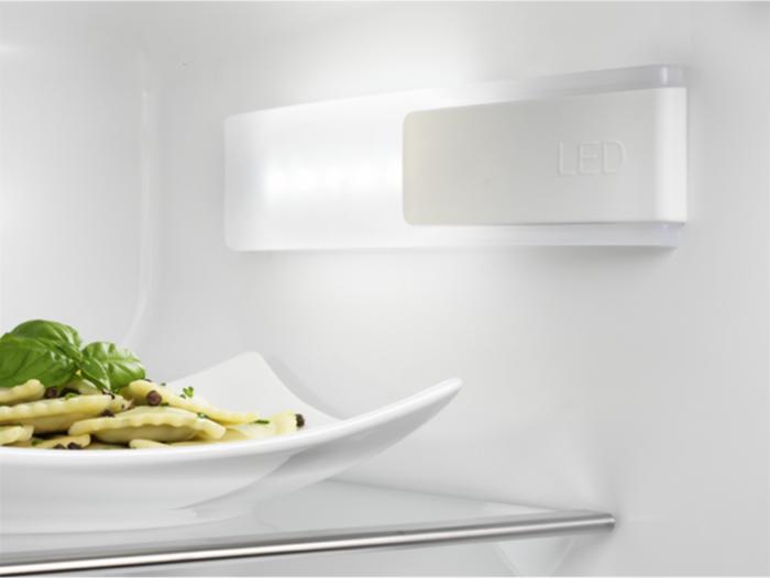 Холодильник Electrolux ERN 1300AOW, белый Electrolux
