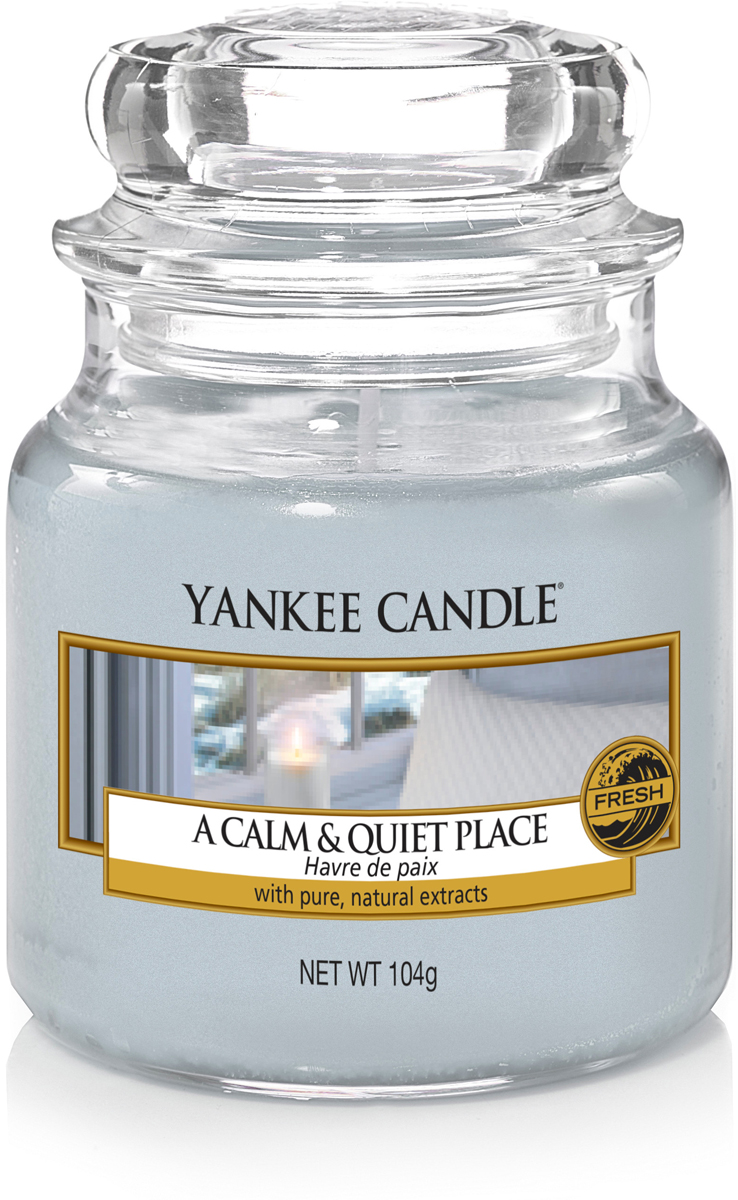Свеча ароматизированная Yankee Candle Тишина и спокойствие, 104 г свеча ароматизированная yankee candle angel wings высота 12 7 см