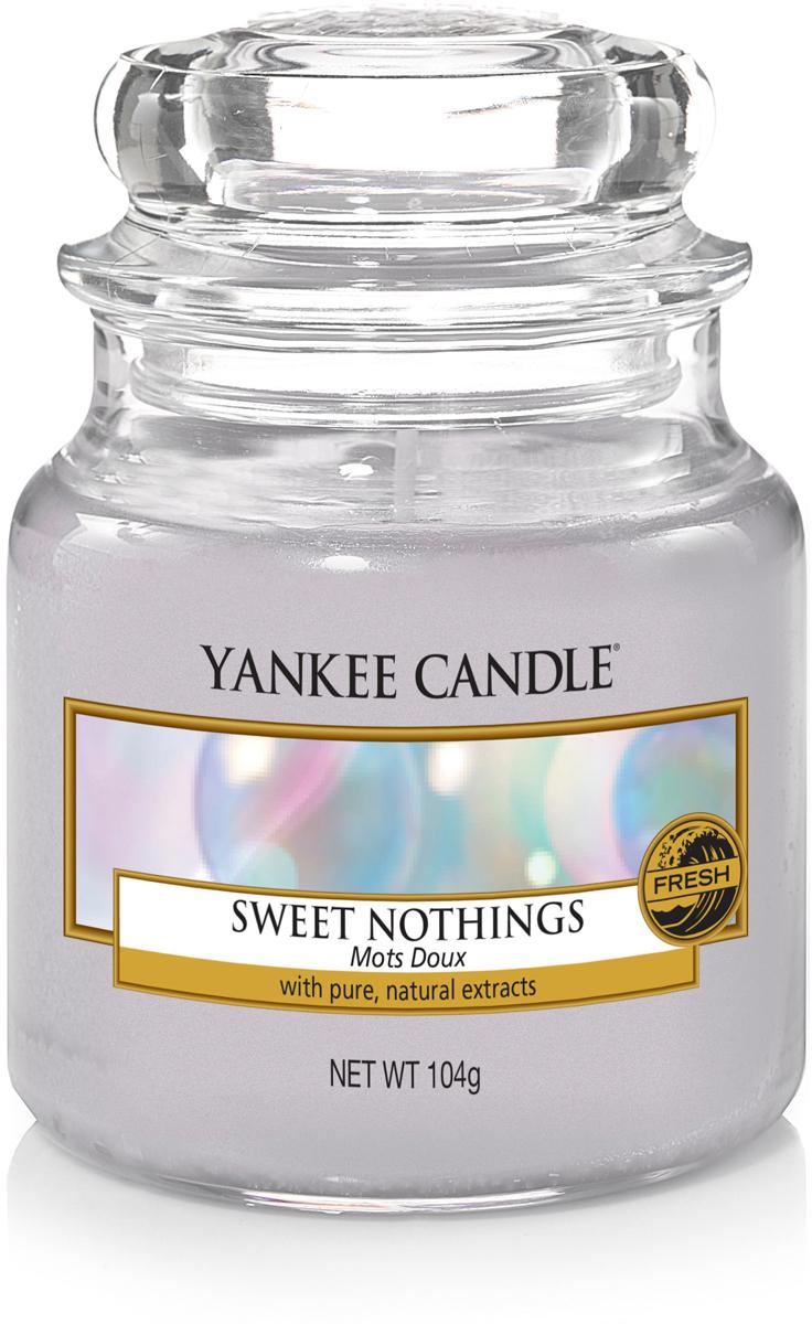 Свеча ароматизированная Yankee Candle Сладость, 104 г свеча ароматизированная yankee candle angel wings высота 12 7 см