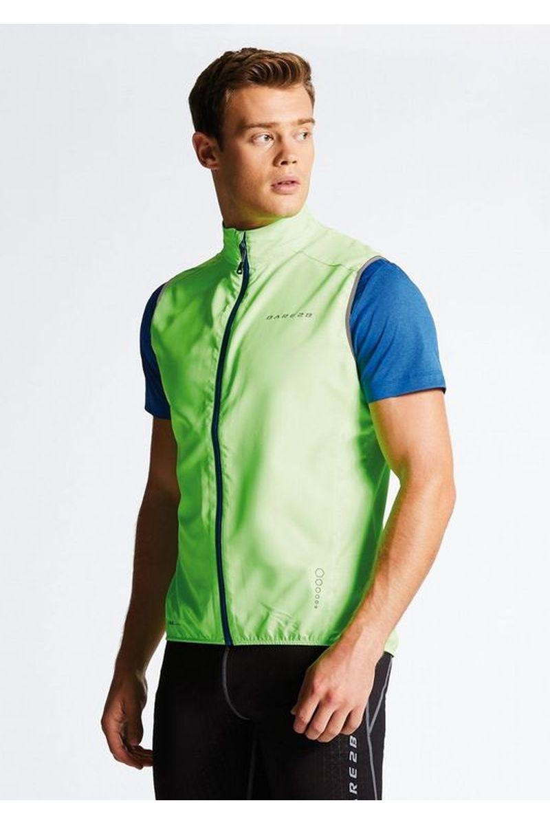 Велокуртка мужская Dare 2b Fired Up II Vest, цвет: зеленый. DML367-1FR. Размер M (50)DML367-1FRОблегченная ветрозащитная ткань Ilus Windshell из полиэстера. Ветронепроницаемая ткань. Bодоотталкивающее покрытие. Эластичная обшивка в пройме. Эластичная кайма. Светоотражающие детали способствуют лучшей видимости.