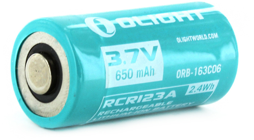 Аккумулятор для фонаря Olight ORB-163C06, 16340, Li-ion, 3,7 В, 650 mAhMV-927109Защищенный литий-ионный аккумулятор Olight 16340 ORB-163C06 3,7 В 650 mAh 3,7 В для фонаря Olight H1R. Аккумулятор имеет дублированный минусовой контакт для возможности зарядки в фонаре от магнитной док станции. Аккумулятор содержит электронную плату контроля внешнего/внутреннего напряжения. Она автоматически отключает зарядку батареи при превышении напряжения 4,20 В, а также при глубокой разрядке элемента (ниже 2,75 В). Защита по превышению тока/ КЗ — 4А-6А. Кроме того, система контроля убережет аккумулятор Olight 16340 от случайного короткого замыкания. Напряжение заряда: 4,2 В. (2.4 Wh) Габариты: диаметр: 16,7 мм, длина: 33,8 мм, масса: 18 г