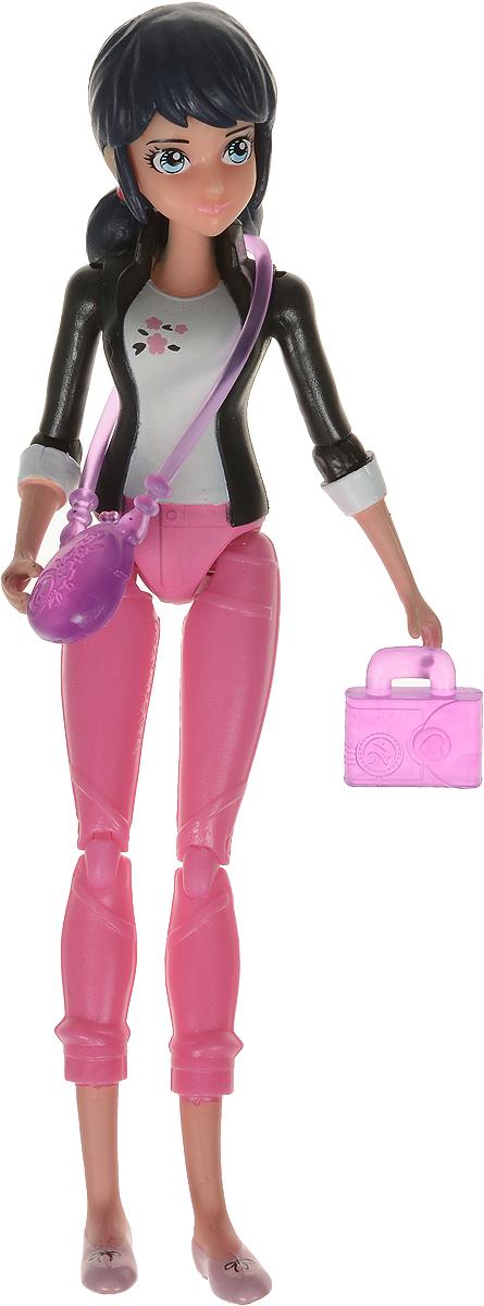 Miraculous Фигурка функциональная Marinette с сумкой и фотоаппаратом цвет черный розовый rubbabu фигурка функциональная обезьяна цвет синий