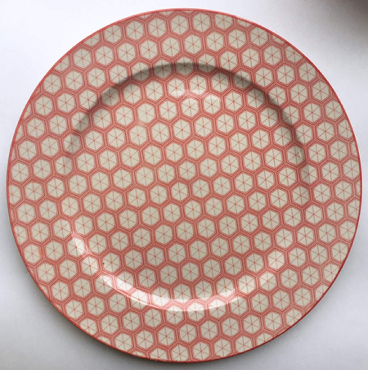 Тарелка обеденная МФК-профит Джуди, диаметр 27 см сувенир мфк профит набор посуды гадкий я 3 пр кружка 210 мл миска 18 см тарелка 19 см в под уп