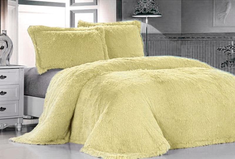 Покрывало Tango Лама, цвет: желтый, 220 х 240 смtan102648Плед (покрывало) из искусственного меха непременно станет ярким акцентом в интерьере. С его помощью можно красиво и уютно оформитькровать, диван или кресло. Пледы (покрывала) из искусственного меха имитируют мех различных животных, имеют мягкую, приятную на ощупьподкладку под замшу.Пледы (покрывала) смотрятся богато и изысканно, способны создать атмосферу спокойствия и уюта, как в загородном доме, так и в городскойквартире. За пледом (покрывалом) из искусственного меха проще ухаживать, чем за натуральным.Размер изделия 220 х 240 см.