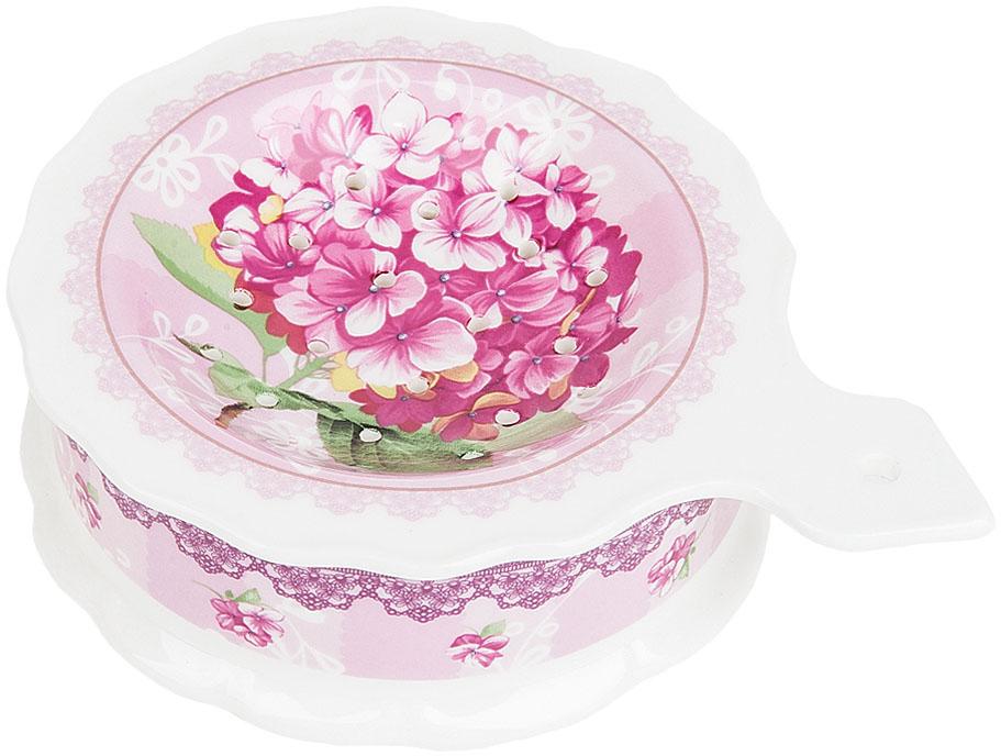 Подставка под чайный пакетик Nouvelle De France Розовая гортензия, 13 х 10 х 3,5 смM0661084Подставка под чайный пакетик Розовая гортензия выполнена из фарфора. Оригинальный яркий дизайн станет эффектным акцентов в вашей кухне.