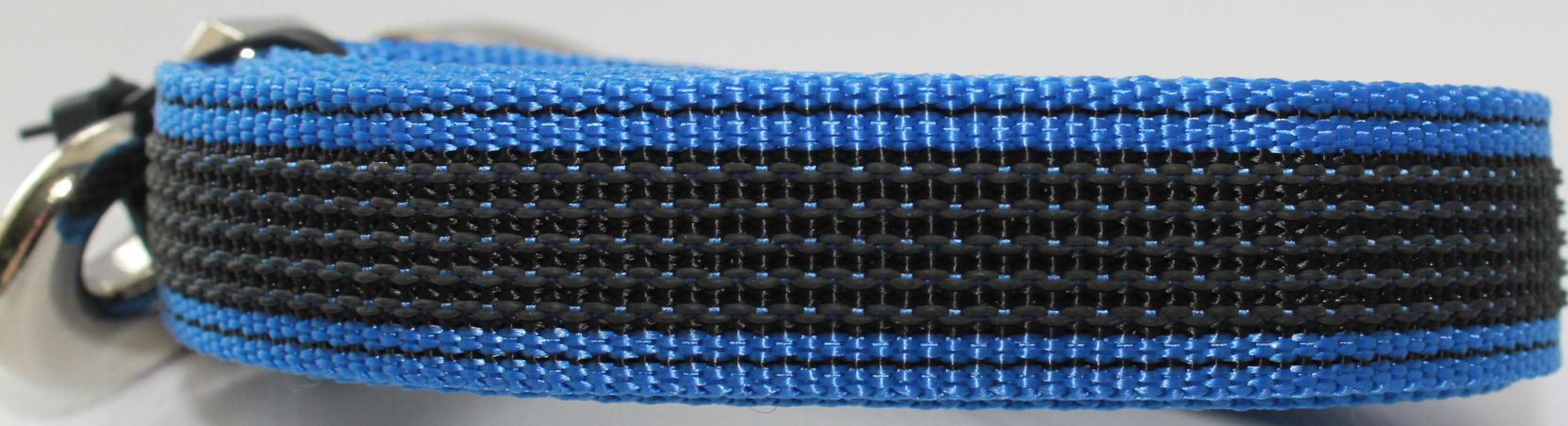 Поводок для собак Happy Friends, нескользящий, цвет: синий, ширина 2 см, длина 1,20 м поводок для собак happy house luxury цвет темно коричневый длина 125 см