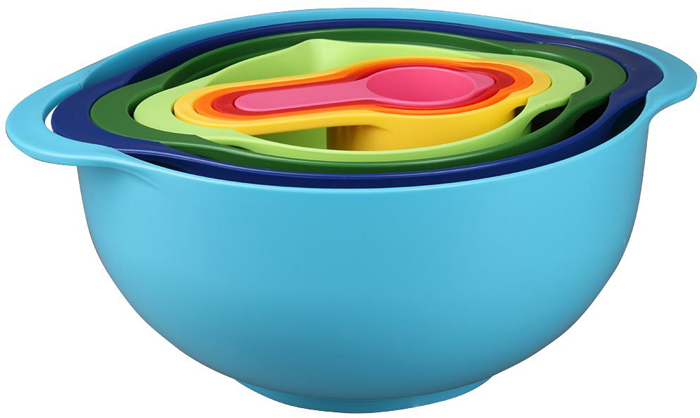 Набор мерных чашек Pomidoro, 8 штSET82Набор мерных емкостей Pomidoro станет важным дополнением вашей кухни, ведь комплект способен помочь вам точно отмерять необходимое количество муки, специй и других ингредиентов.Набор состоит из шести пластиковых приборов, среди которых вы сможете найти миску для смешивания, дуршлаг на ножках, сито, миску для смешивания с носиком и четыре мерные чашки объемом 250 мл, 125 мл, 85 мл и 60 мл.Стоит отметить, что все предметы набора вставляются друг в друга для компактного хранения.