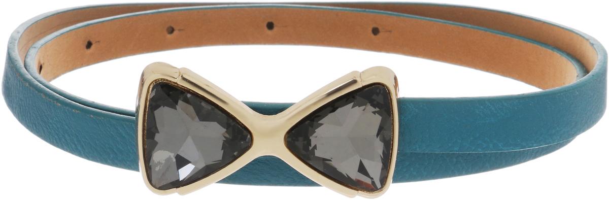 Ремень женский FancyS Bag, цвет: светло-голубой. FB-1206-70. Размер 105FB-1206-70_светло-голубойТонкий ремешок FancyS Bag выполнен из искусственной кожи и дополнен пряжкой-бантиком, выполненной из стекла в металлической оправе. Этот стильный аксессуар подчеркнет ваш образ и сделает его модным и эффектным.