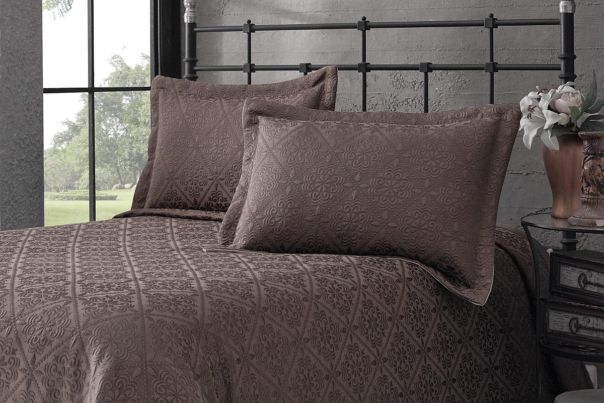 """Комплект для спальни Karna """"Afrodit"""": покрывало 260 x 260 см, 2 наволочки 50 х 70 см, цвет: коричневый"""