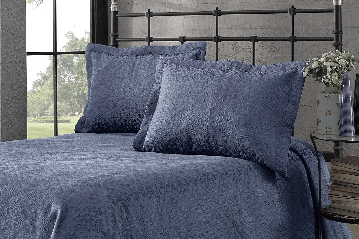 "Комплект для спальни Karna ""Afrodit"": покрывало 260 x 260 см, 2 наволочки 50 х 70 см, цвет: синий"