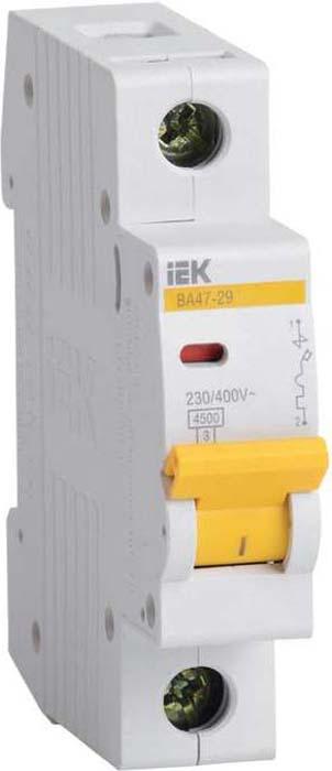 Выключатель автоматический модульный IEK, 1п D 4А 4.5кА ВА 47-29. MVA20-1-004-DMVA20-1-004-DАвтоматические выключатели IEK предназначены для защиты распределительных и групповых цепей, имеющих различную нагрузку. Автоматические выключатели рекомендуются к применению в вводно-распределительных устройствах для жилых и общественных зданий. Преимущества: Два типа защиты от перегрузки и короткого замыкания. Полный комплект дополнительных устройств с возможностью простой самостоятельной установки. Усовершенствованная дугогасительная система. Возможность одновременного присоединения шиной FORK и гибким проводником для распределения питания цепи через верхние зажимы. Возможность соединения шиной PIN. Наличие индикатора положения контактов. Широкий диапазон рабочих температур от -40 до +50°С. Новый эргономичный дизайн рукоятки включения/выключения. Насечки на контактных зажимах снижают тепловые потери и увеличивают механическую устойчивость соединения.