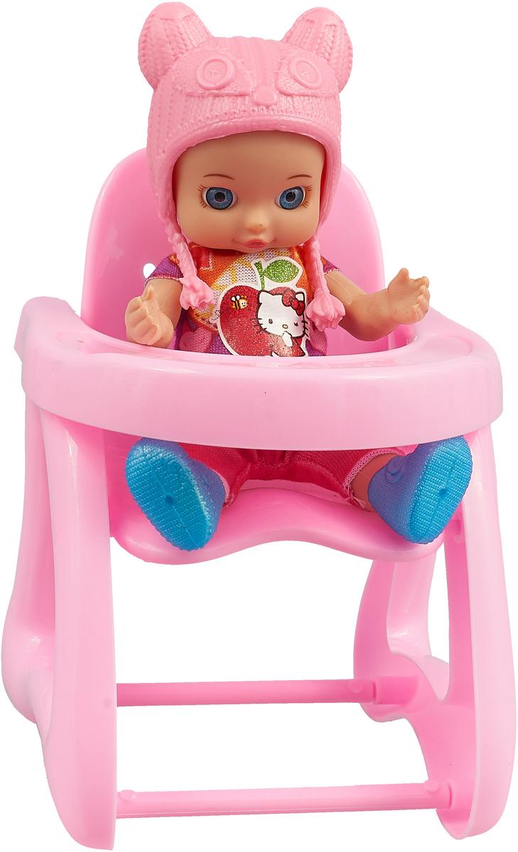 Карапуз Пупс Hello Kitty со стулом для кормления и аксессуарами Розовая шапочка карапуз пупс озвученный hello kitty цвет одежды розовый