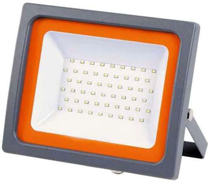 Прожектор Jazzway, PFL-SC-SMD-100Вт LED 100Вт IP65 6500К 48952050014284895205001428Прожектор светодиодный PFL-SC-SMD-100Вт 6500К IP65 (матовое стекло) JazzWay 4895205001428 отличается компактными размерами и небольшим весом, что позволяет производить его монтаж практически в любых местах Корпус прожектора изготовлен из литого алюминия с антикоррозийным покрытием, окрашен, цвета антрацит. Защитное матовое термостойкое стекло предохранеят прожектор от пыли и влаги. Безопасный и надежный (IP65), прожектор Jazzway уже зарекомендовал себя на электротехническом рынке высокими параметрами светоотдачи и цветопередачи (8500 лм, 6500 K). Рекомендуем!
