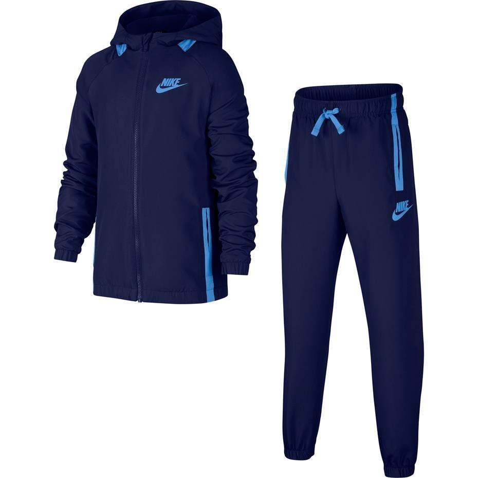 Спортивный костюм Nike Sportswear костюм спортивный nike squad 859281 010