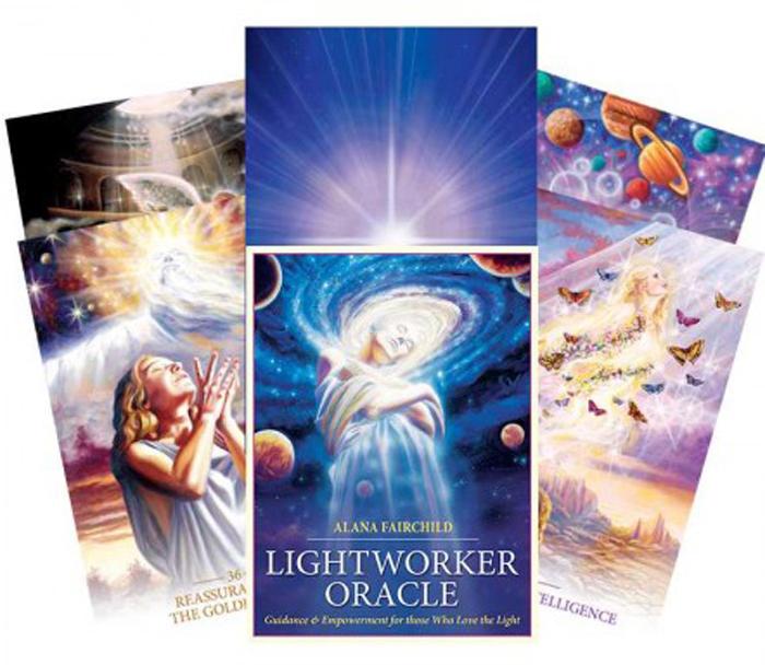 Карты Таро Blue Angel Lightworker Oracle карты таро blue angel oracle of the unicorns