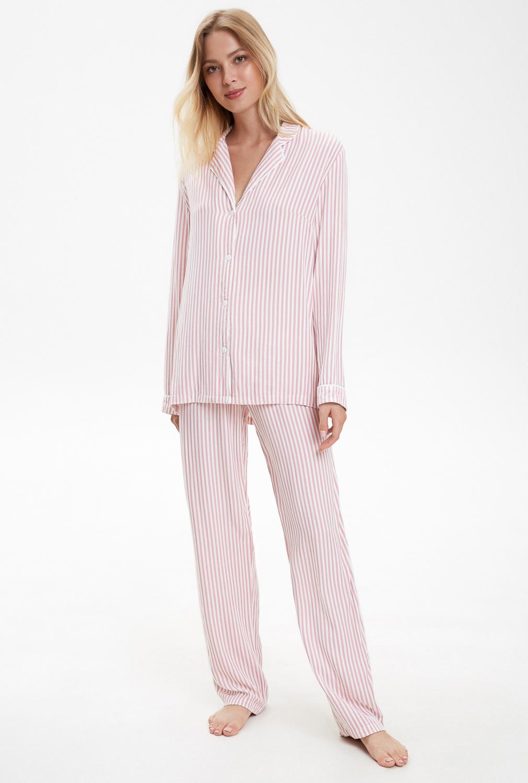 Домашний комплект Infinity Lingerie комплект домашний женский infinity lingerie monelle цвет черный бежевый 31204280082 8000 размер xl 50