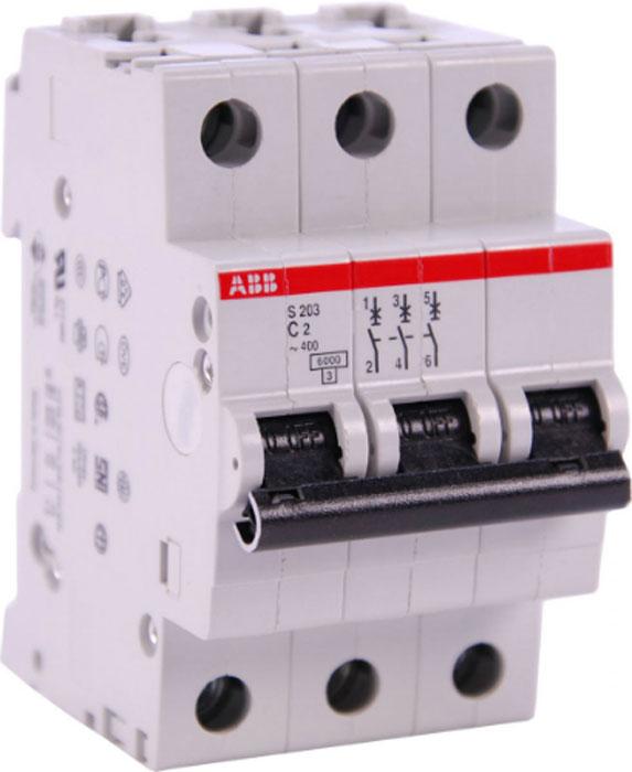 Выключатель автоматический ABB, модульный, 3п C 2А 6кА S203. 2CDS253001R00242CDS253001R0024НАЗНАЧЕНИЕ: Выключатель автоматический это механический коммутационный аппарат, способный включать, проводить и отключать токи при нормальном состоянии цепи, а также включать, проводить в течение заданного времени и автоматически отключать токи в указанном аномальном состоянии цепи, таких, как токи короткого замыканияОБЛАСТЬ ПРИМЕНЕНИЯ:Применяется в электрических сетях низкого напряжения, для коммутации и защиты электрических сетей и аппаратов различного назначения. ПРИНЦИП ДЕЙСТВИЯ: Включение-отключение производится рычажком, провода подсоединяются к винтовым клеммам. Защелка фиксирует корпус выключателя на DIN-рейке и позволяет при необходимости легко его снять (для этого нужно оттянуть защелку, вставив отвертку в петлю защелки). Коммутацию цепи осуществляют подвижный и неподвижный контакты. Подвижный контакт подпружинен, пружина обеспечивает усилие для быстрого расцепления контактов. Механизм расцепления приводится в действие одним из двух расцепителей: тепловым или магнитным.