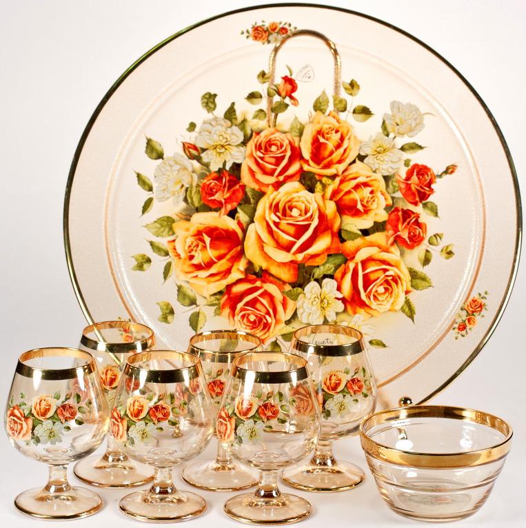 """Набор Via Veneto """"Цветы"""": рюмки для ликера, 50 мл, салатник, 200 мл, блюдо, 30 х 30 см"""