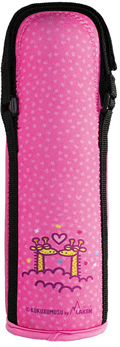 Термос Laken Beverages Kukuxumuxu Jirafa, с чехлом, цвет: фуксия, 500 млK1800.05-JIТермос подойдет для повседневного использования. Сделан из прочной нержавеющей стали с высококачественной вакуумной изоляцией. Прекрасно сохраняет содержимое теплым или холодным на протяжении более чем 12 часов, комплектуется стандартной кнопочной пробкой, не требующей выкручивания. Широкое горлышко позволяет добавлять в содержимое кубики льда, пакетики чая, а кроме того термос удобно мыть. Поставляется в веселом неопреновом чехле, который обеспечивает дополнительную термоизоляцию и поднимет настроение каждому ребенку. Оснащен регулируемой ручкой на липучке.Особенности:Произведены из пищевой нержавеющей стали 18/8 самого высокого качества, не нуждается в дополнительном защитном покрытии.Внутренняя поверхность 100% нержавеющая сталь.Чехол из неопрена с ручкой на липучке.Удерживает напитки теплыми в течение 12 часов или холодными - до 24 часов (для холодных напитков рекомендуется добавление кубиков льда).Вакуумная изоляция высокого качества.Не дает возможности образования конденсата на поверхности.Температура содержимого, высокая или низкая, не передается наружу.100% защита от протекания.Не содержит Бисфенол А, фталаты, свинец и другие токсичные вещества.Не удерживают и не передают вкусов и запахов.Широкая термоизолирующая крышка.Поддаются реутилизации.