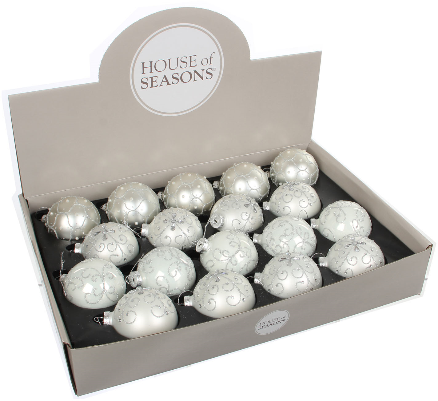 цена на Набор елочных игрушек House of Seasons Шар, цвет: белый, диаметр 7 см, 18 шт. 83108 (1028558)