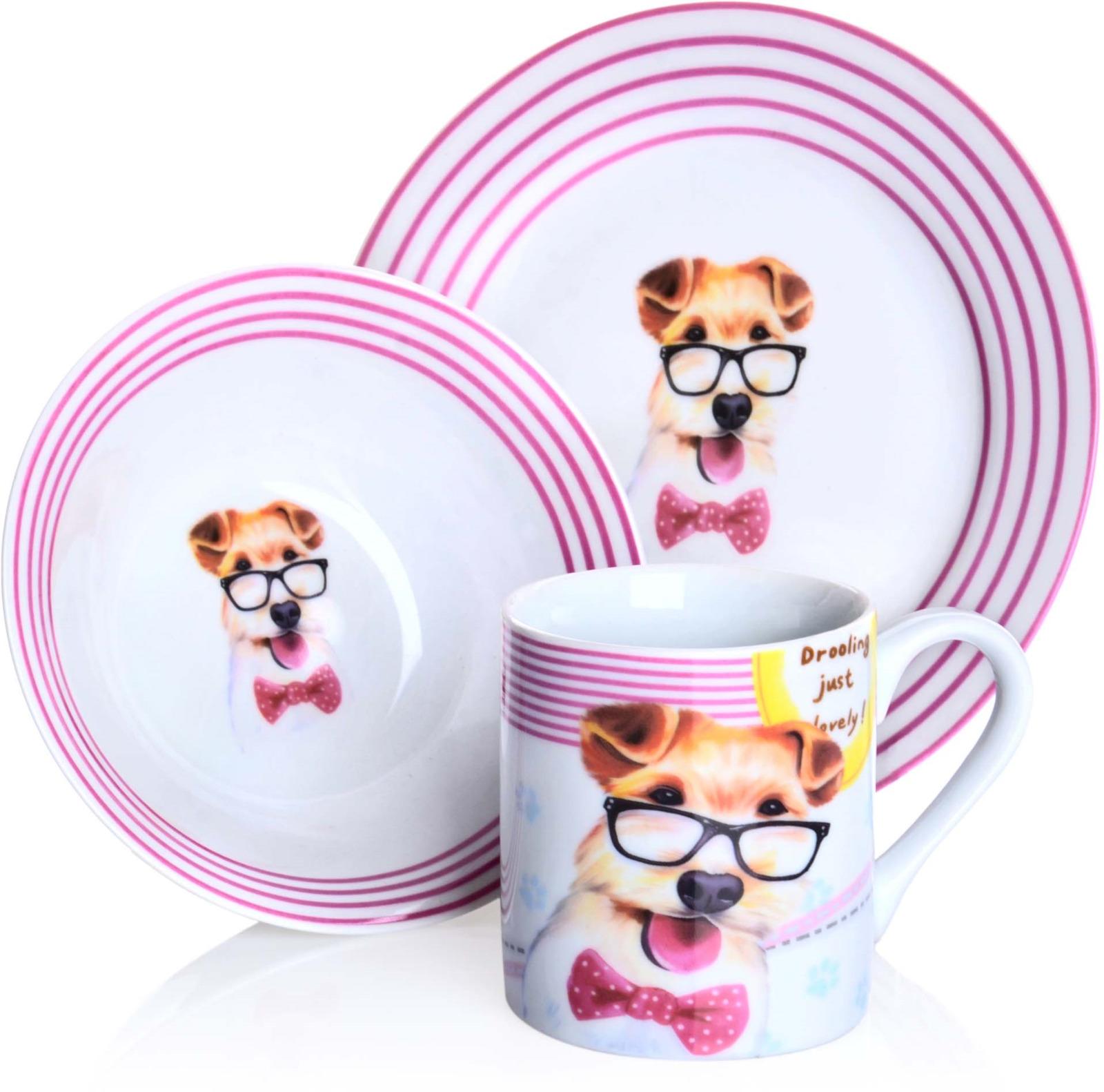 Набор детской посуды Loraine Собачка, цвет: белый, бежевый, розовый, 3 предмета. 9472494724Предметы набора выполнены из высококачественной керамики и декорированы красочным рисунком. Изделия легкие и функциональные. Такой набор обязательно понравится вашему ребенку, потому что теперь у него будет своя собственная посуда с ярким и оригинальным рисунком. Набор посуды для детей включает в себя три предмета: суповую тарелку, обеденную тарелку и кружку. Набор упакован в красочную, подарочную упаковку. Подходит для мытья в посудомоечной машине. Для детей от 3-х лет.
