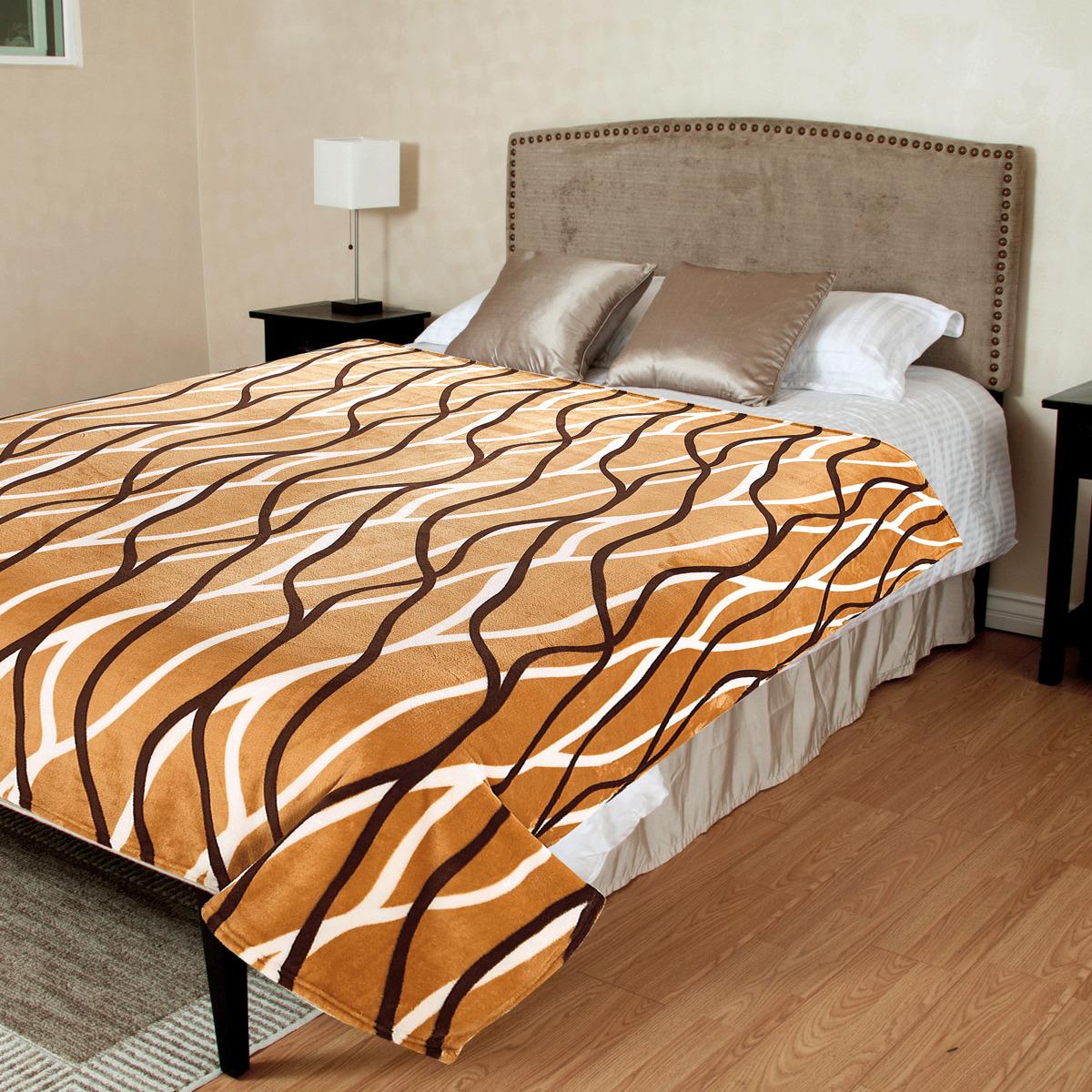 """Плед TexRepublic """"Волны"""", цвет: коричневый, бежевый, черный, 180 х 210 см"""