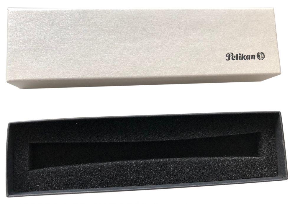 Ручка шариковая Pelikan Jazz Classic (PL806978) белый ручка шариковая pelikan elegance pura k40 952069 серебристый m черные чернила подар кор