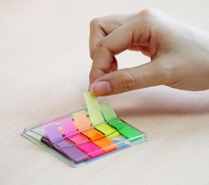 Закладки самоклеющиеся индексы пластиковые Stick`n 26002 12x45мм, 40 лист Z-сложение