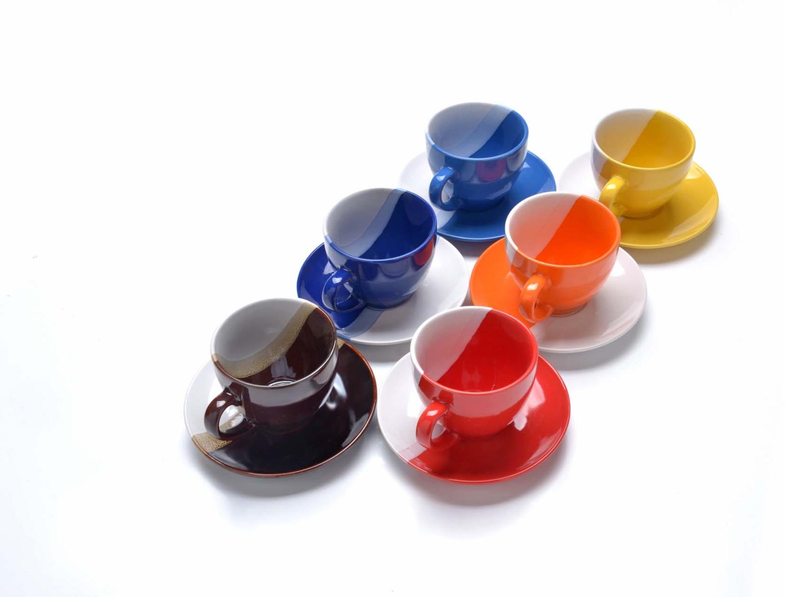 Сервиз чайный Loraine, цвет: белый, желтый, красный, 13 предметов62834Чайный сервиз Mayer & Boch состоит из 6 чашек, 6 блюдец и металлической подставки. Предметы набора изготовлены из высококачественной керамики. Элегантный дизайн придется по вкусу и ценителям классики, и тем, кто предпочитает утонченность и изысканность. Он настроит на позитивный лад и подарит хорошее настроение с самого утра. Чайный набор идеально подойдет для сервировки стола и станет отличным подарком к любому празднику. Изделия можно компактно хранить на подставке, входящей в набор.