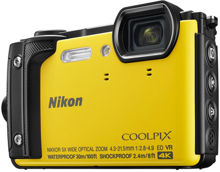 Компактная фотокамера Nikon CoolPix W300, цвет: желтый фотоаппарат nikon coolpix w300 orange 16 0mp 5x zoom 3 0 sdxc влагозащитная ударопрочная водонепроницаемый 30 метров