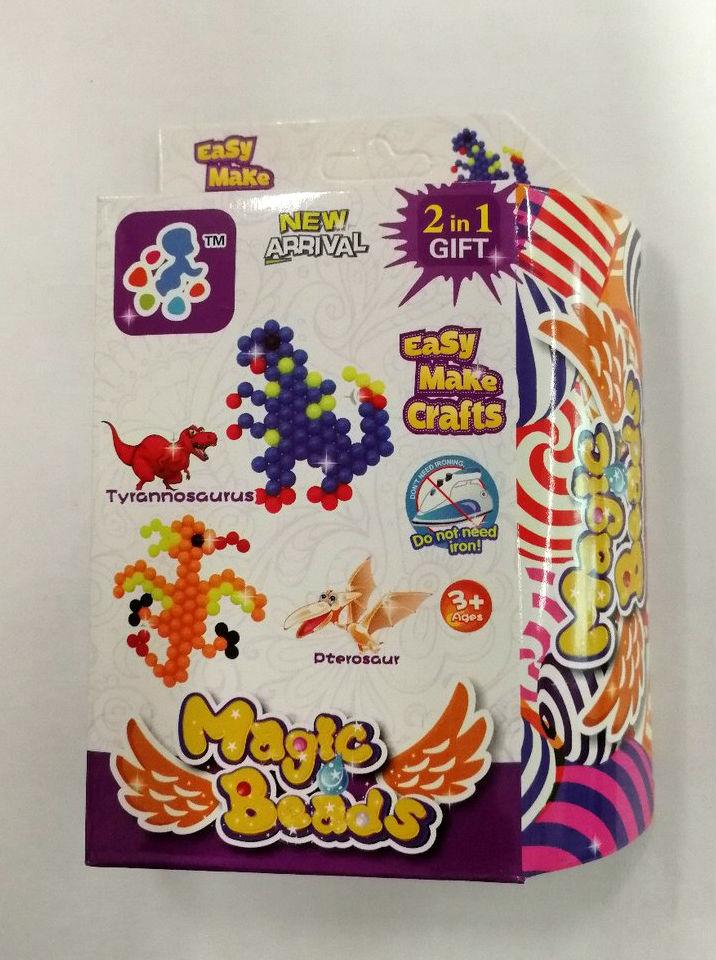 Набор для изготовления игрушки Magic Beads Аква мозаика Динозавры450205Аквабисер для детского творчества появился сравнительно недавно, но уже завоевал большую популярность. Он безопасен – для работы не нужен клей или утюг. Аквабисер развивает мелкую моторику, фантазию и усидчивость и способен надолго занять ребенка.В наборе все необходимое – разноцветные бусины, пинцет, бутылочка-распылитель, трафарет. Соберите фигурку, смочите ее водой, подождите до полного высыхания – новая игрушка готова!Одного набора хватает на 2 фигурки. Можно дать волю фантазии и придумать свою игрушку.В комплект входят:подложка2 трафаретабусинки 6 цветов (180 штук)бутылочка - спрейпинцет2 карабина (для брелка)