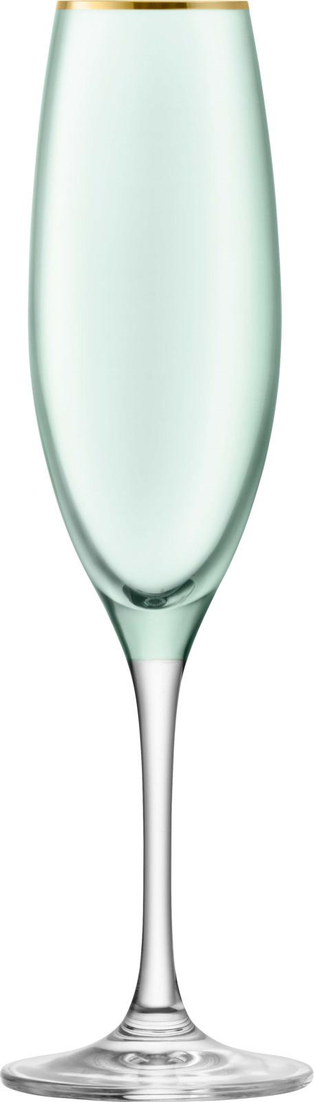 Набор бокалов-флейт для шампанского LSA Sorbet, цвет: зеленый, 225 мл, 2 штG978-08-202Набор из 2-х бокалов-флейт из выдувного стекла для сервировки шампанского и других игристых вин, а также коктейлей на их основе. Объем каждого 225 мл. Комбинируйте их с бокалами для вина или воды из коллекции Sorbet для создания гармоничной и завершенной композиции. Набор упакован в красивую коробку станет отличным подарком на любой праздник. Sorbet — яркая коллекция бокалов и подсвечников, которая напоминает о солнечных днях и уютных теплых вечерах в приятной компании. Богатая палитра цветов позволяет выбрать подходящие под настроение предметы для сервировки праздничного обеда или семейного ужина. Все предметы коллекции украшены изысканной золотой окантовкой. Изделия из выдувного стекла, раскрашенные вручную и украшенные позолотой, рекомендуется мыть вручную в теплой мыльной воде и вытирать насухо мягкой тканью. Иногда в готовом изделии из выдувного стекла встречаются пузырьки воздуха — это нормально и вполне допускается технологией ручного производства. Такие пузырьки воздуха внутри не являются браком.