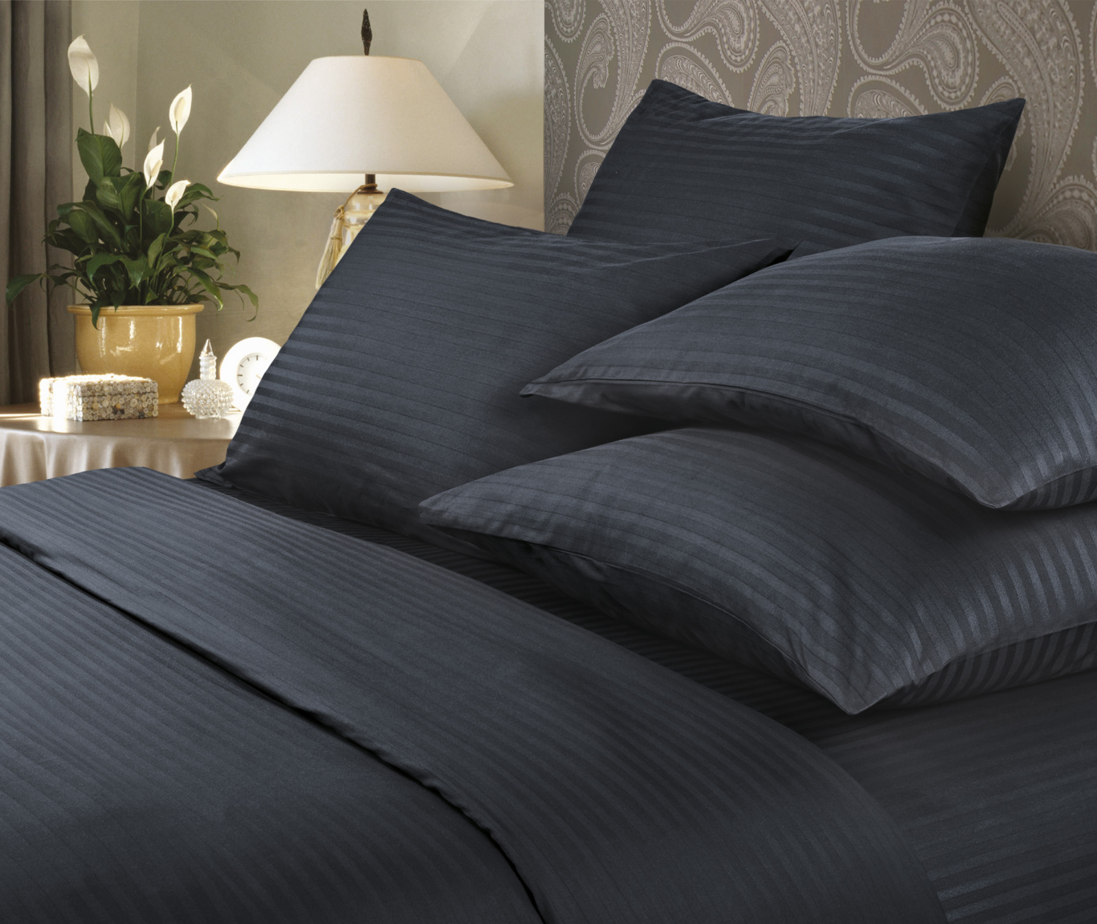 Комплект белья Verossa Black, семейный, наволочки 50x70 и 70x70