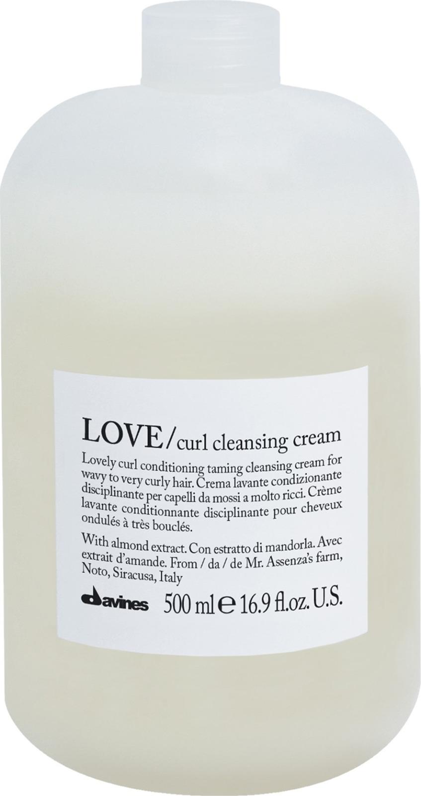 Очищающая пенка для усиления завитка Davines Love Curl Cleansing Cream, 500 мл очищающая пенка для усиления завитка 500 мл davines love