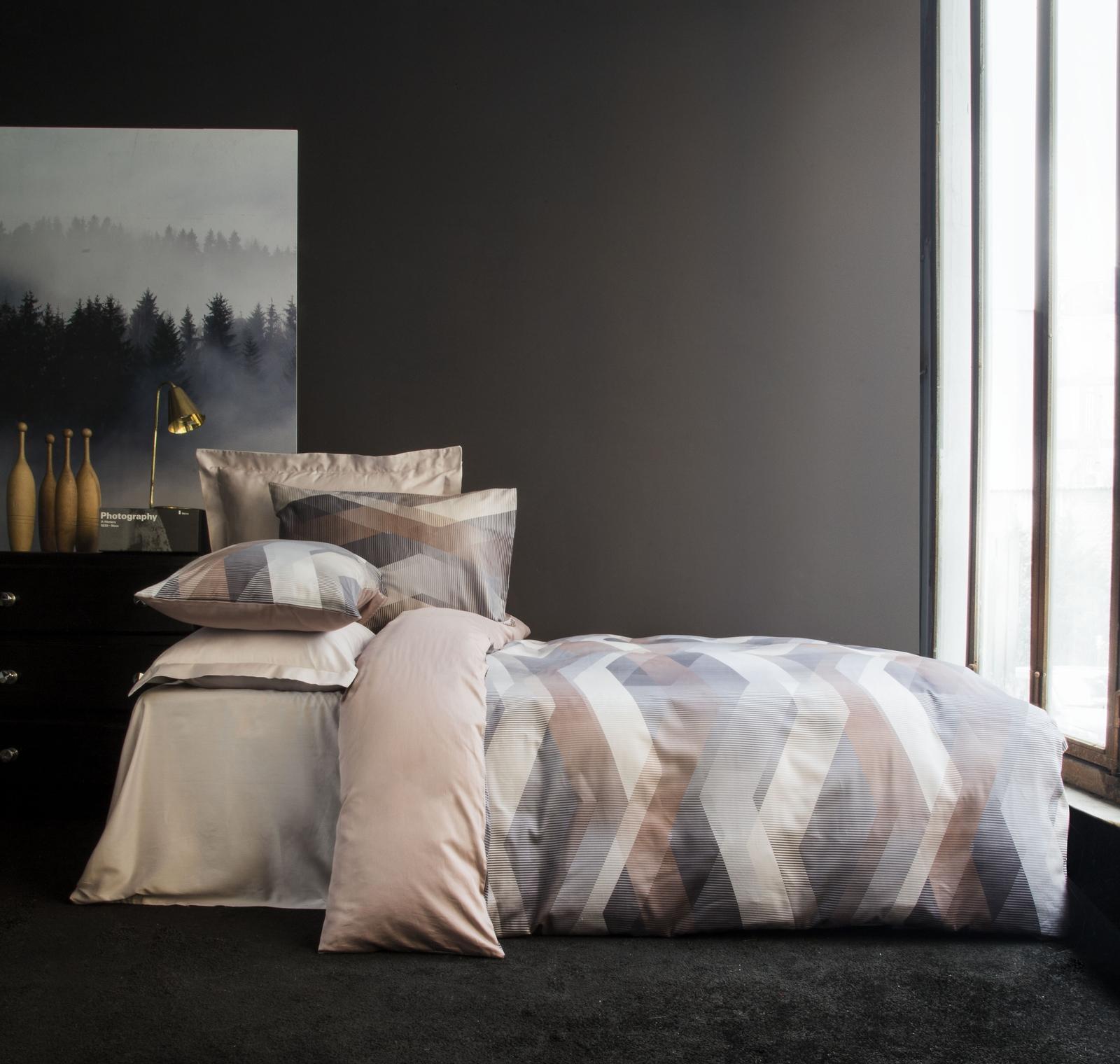 цена на Комплект белья Issimo Home Helix, 1,5-спальный, наволочки 50x70, цвет: коричневый