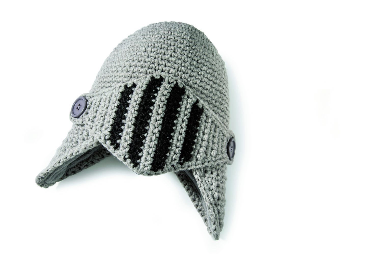 Шапочка Sir WoolieDO401103Материал: 100% мягкий акрил, подкладка - 100% полиэстер. Цвет: Мультиколор. Размер: Высота 30, ширина 23, длина 23