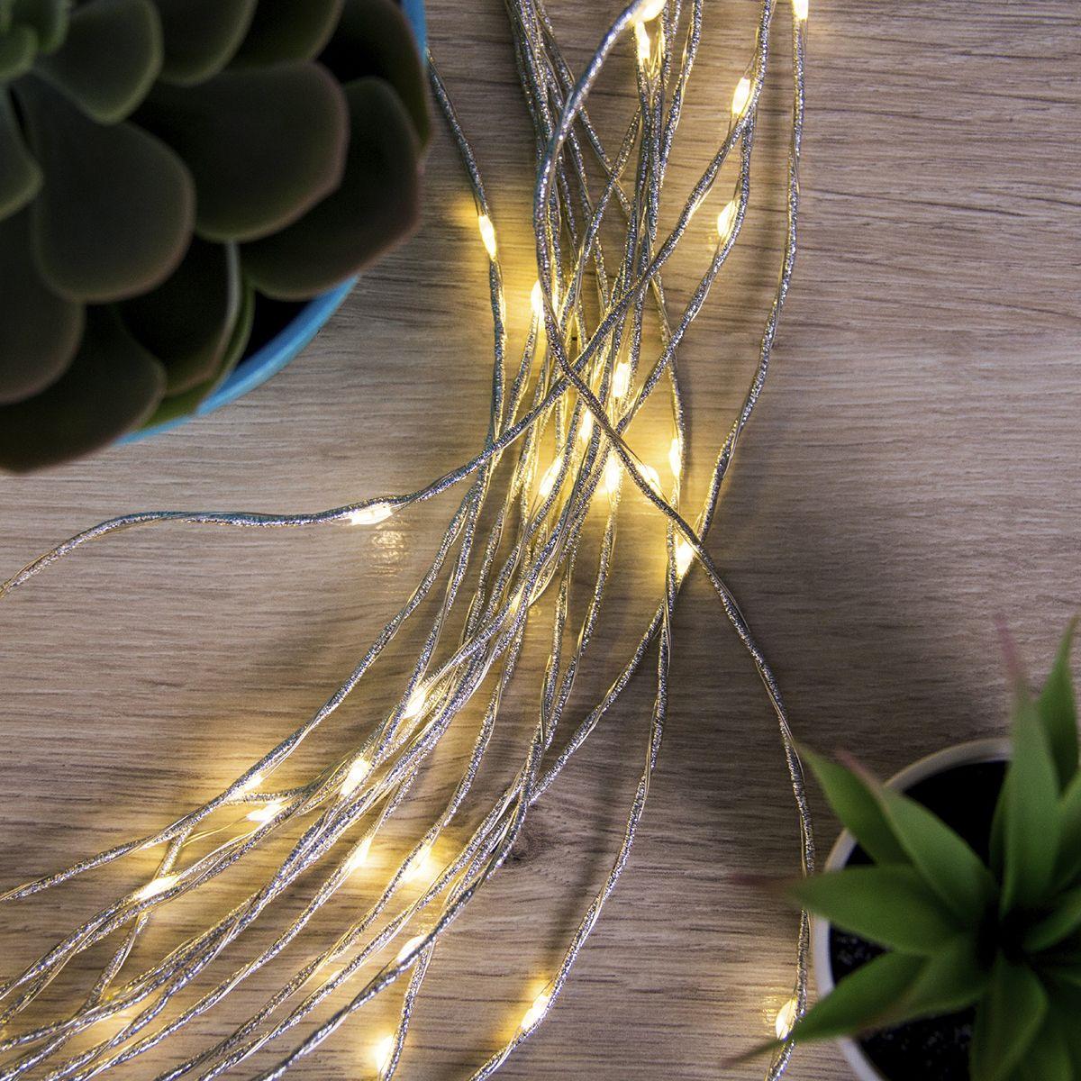 цена на Гирлянда электрическая Luazon Lighting Конский хвост. Роса, цвет: теплый белый, 300 LED, 15 серебристых нитей, длина 2 м