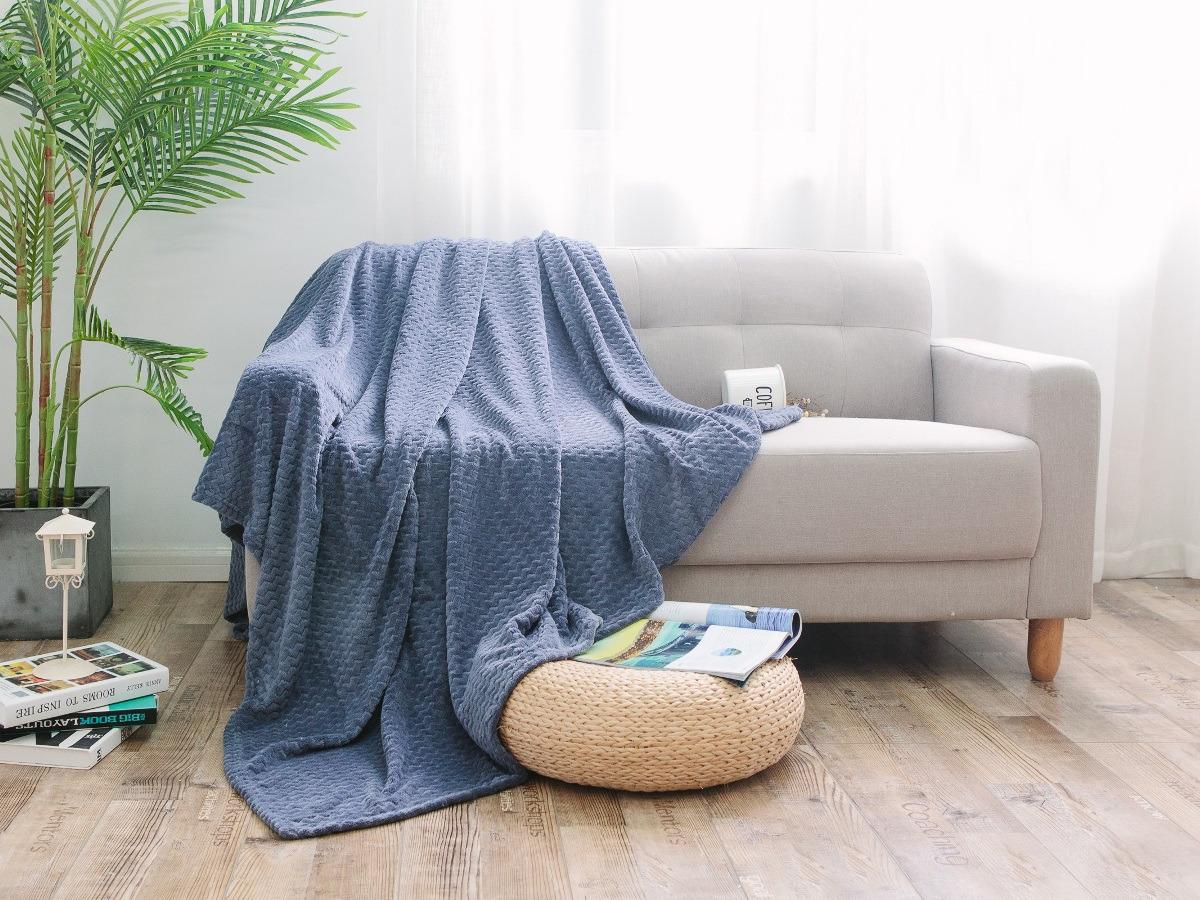 Плед Cleo Royal Plush, полутораспальный, цвет: темно-серый, 150 х 200 см плед cleo royal plush евро цвет крем брюле 200 х 220 см