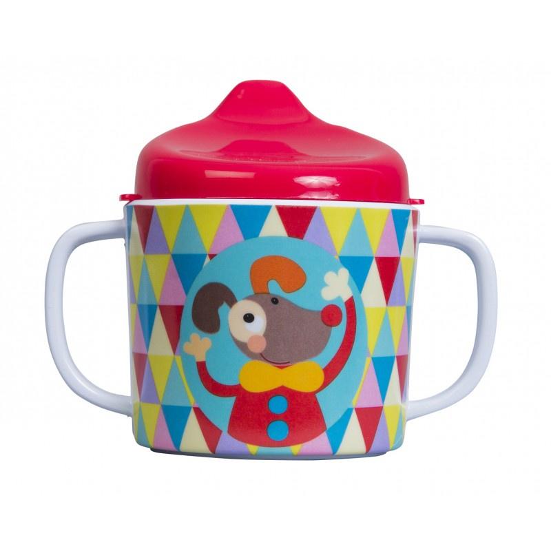 Поильник Ebulobo Волшебный циркE41023Поильник Ebulobo «Волшебный цирк» поможет Вашему малышу перейти на новый уровень после бутылочки. Яркий веселый дизайн понравится ребенку: поильник украшен милыми цирковыми зверятами, среди которых: зайчик-фокусник и щенок-клоун. Удобные ручки, безопасные материалы и приятный носик, несомненно, понравятся ребенку.