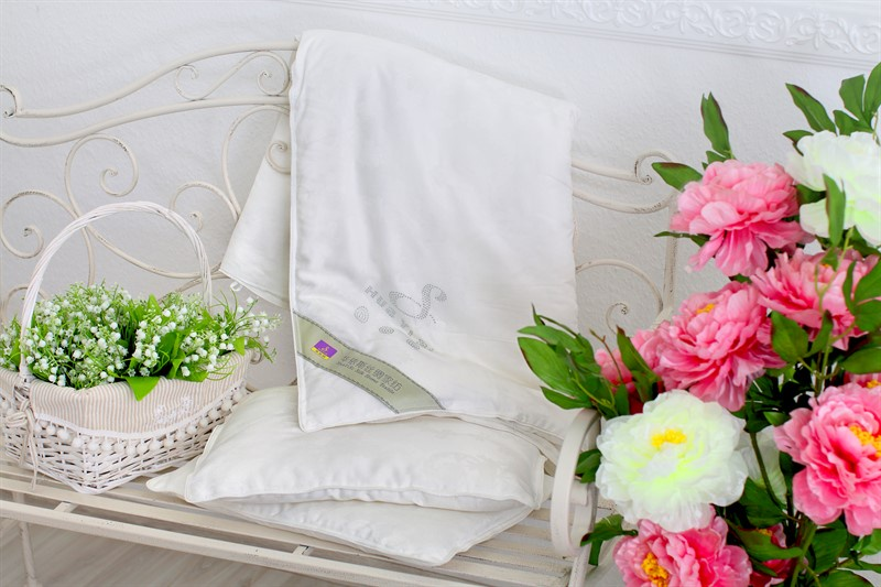 Одеяло HUAYISI детское, белый