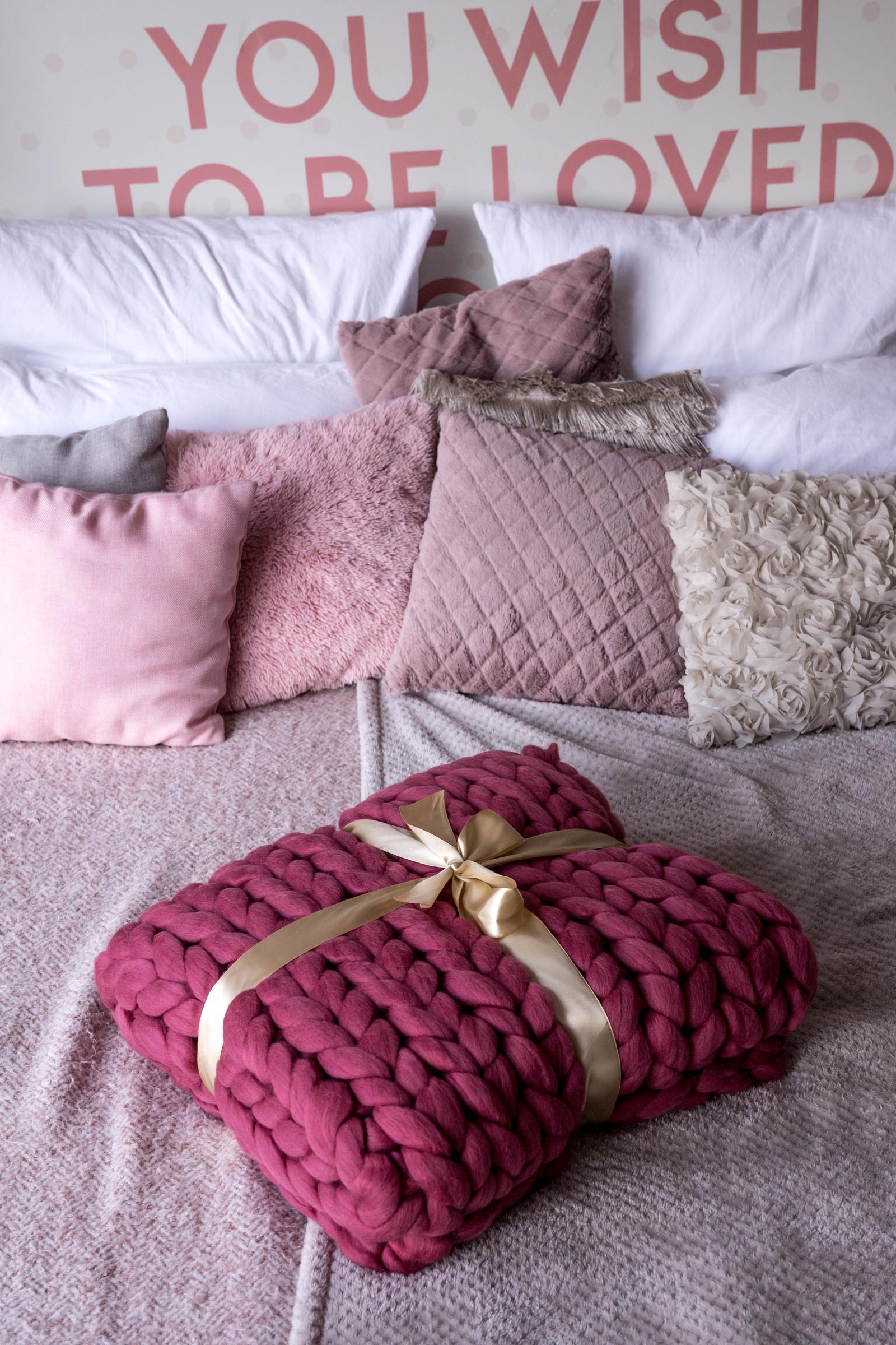 Плед Cloudlet, из гиперобъемной пряжи, цвет: грязно-розовый плед cloudlet шерсть цвет светло розовый 100х150 см