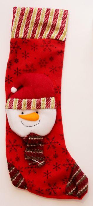 Новогоднее подвесное украшение Magic Time Снеговик, цвет: красный, белый, высота 48 см новогоднее подвесное украшение magic time венок цвет белый диаметр 12 7 см