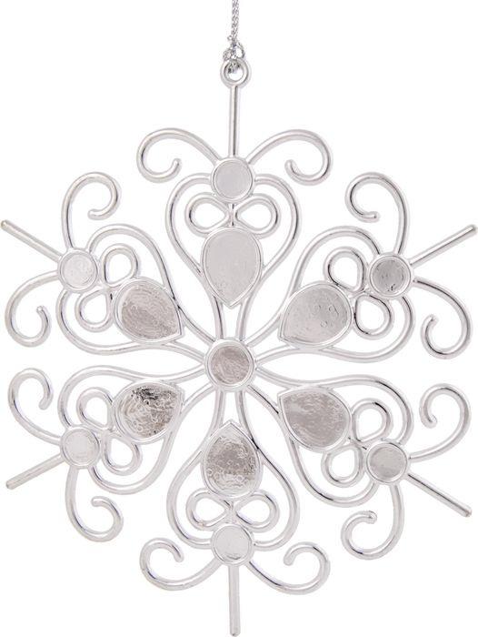 """Новогоднее подвесное елочное украшение Magic Time """"Снежинка кружевная в серебре"""", 14,5 x 14,5 x 0,3 см"""