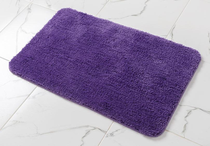 Коврик для ванной Wess Purple, цвет: фиолетовый, 50 x 80 смA43-70Коврик в ванную из 100% микрофибры. Микрофибра — мягкий, гладкий материал, обладающий сатиновым блеском. Изделие не прилипает к полу, не расслаивается и не источает запахов в процессе эксплуатации. Возможна стирка в стиральной машине при t<30.