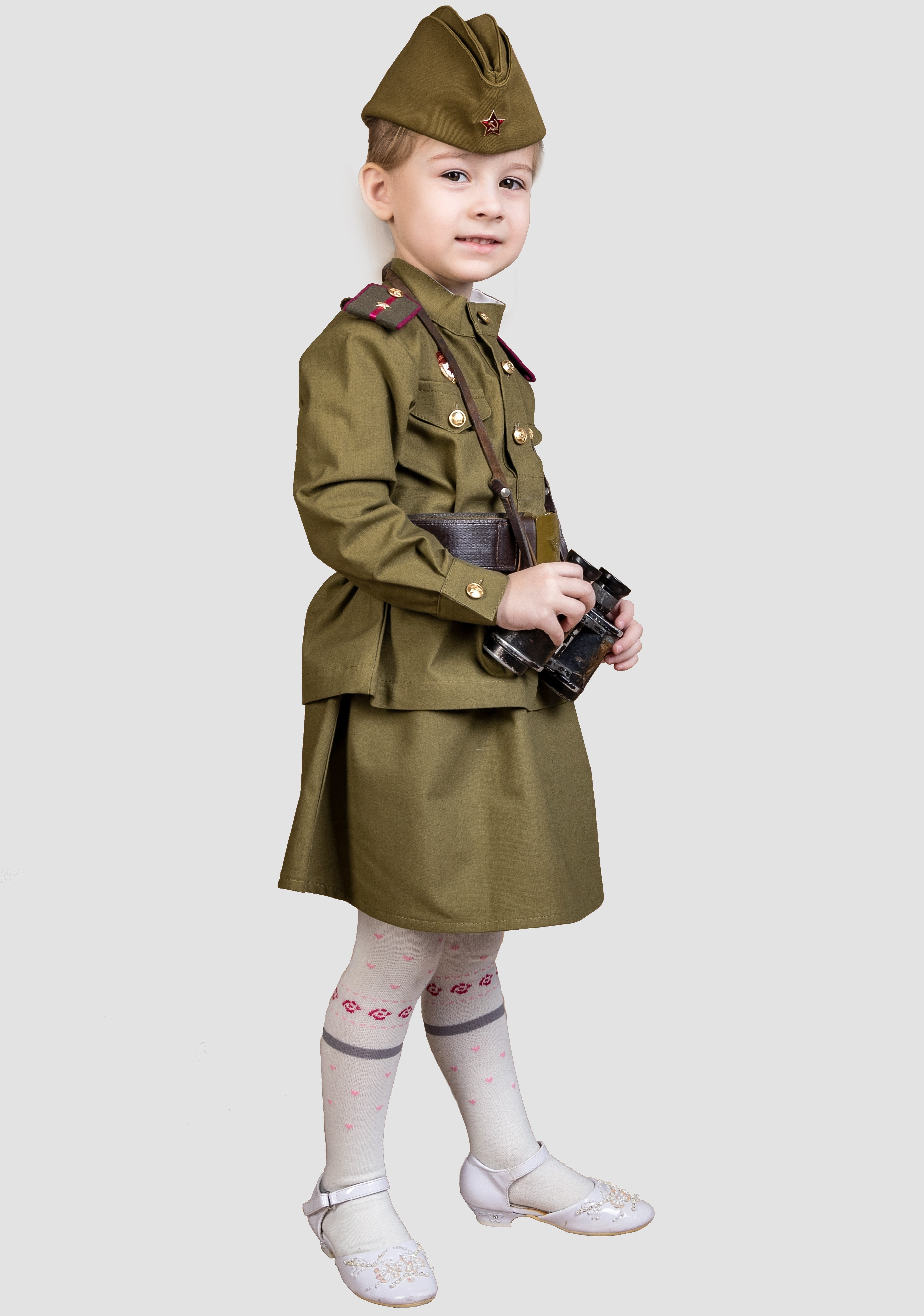 Ребенок в военной форме картинка