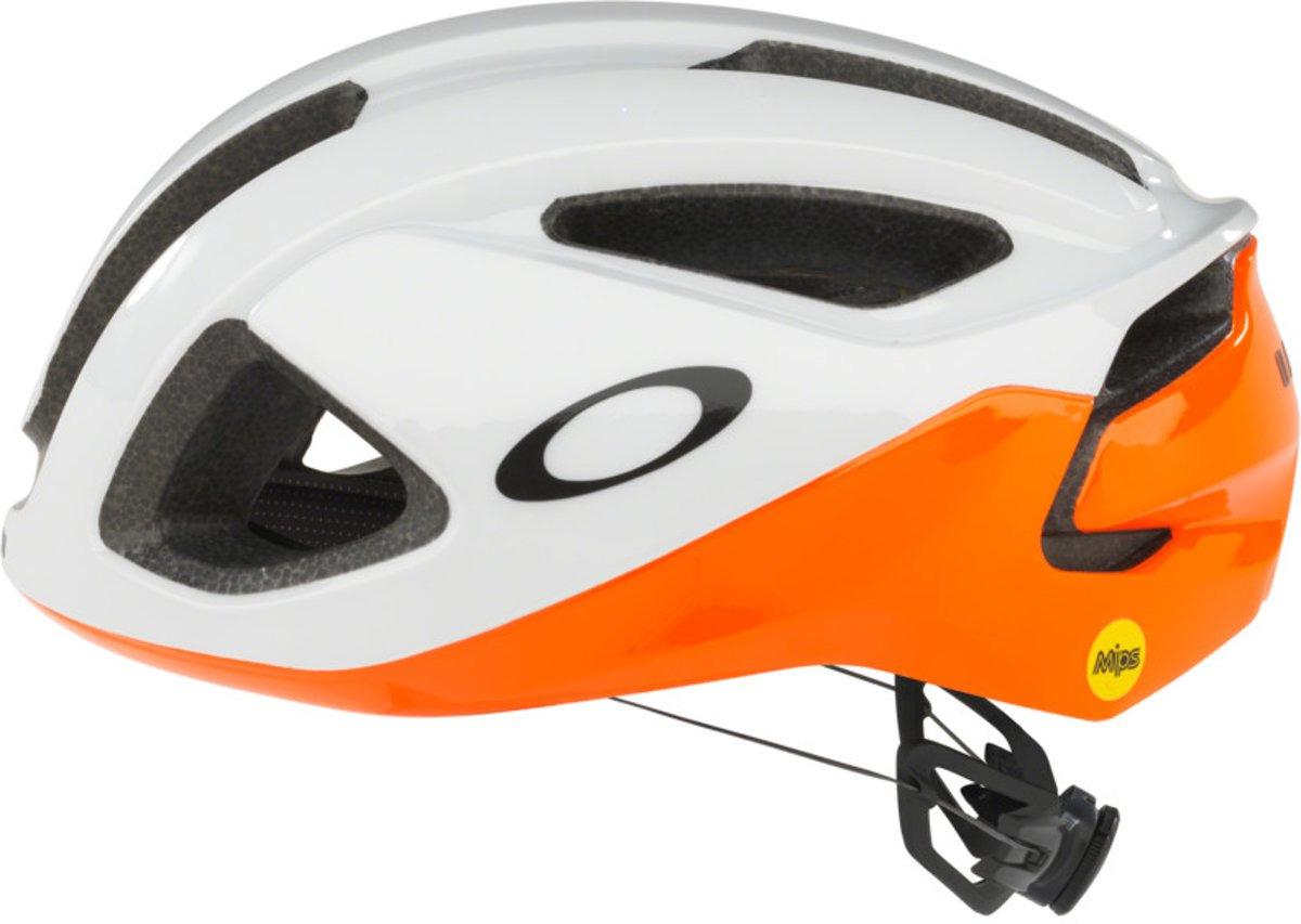 Шлем велосипедный Oakley